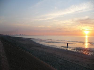 plage de dunkerque coucher de soleil par pierre-yves gires
