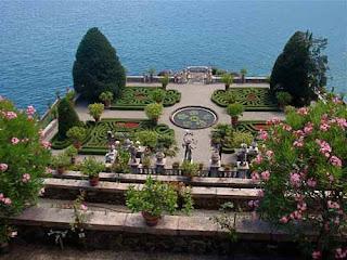 Gardens Palazzo Barromeo Isola Bella Lake Maggiore Italy