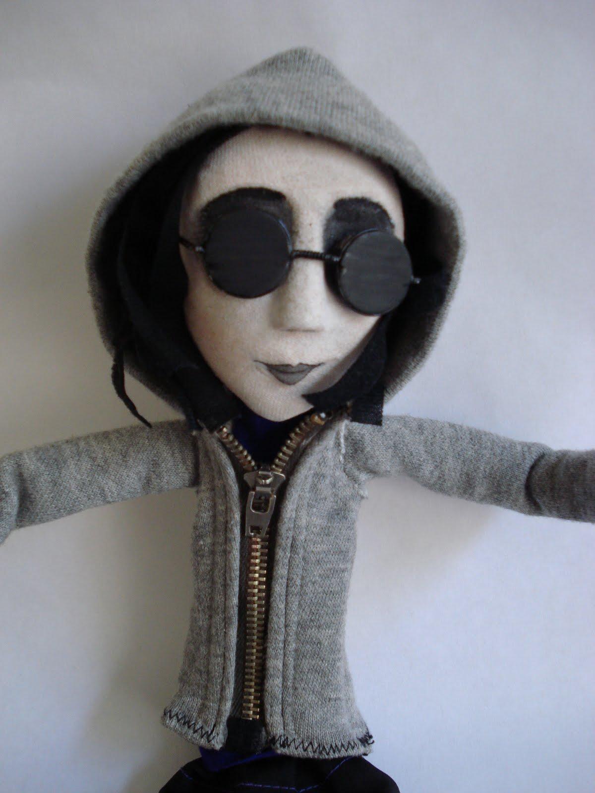 La Calavera Intelectual  Blog Literario Resea Gothic Doll