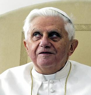 http://2.bp.blogspot.com/_WMpSC7nK3os/Sle4c6f5rYI/AAAAAAAADt4/m1R255_kLi4/s400/Did_Pope_Benedict_XVI_Fall_Prey_to_The_Fear_of_the_Italian_Mob.jpg