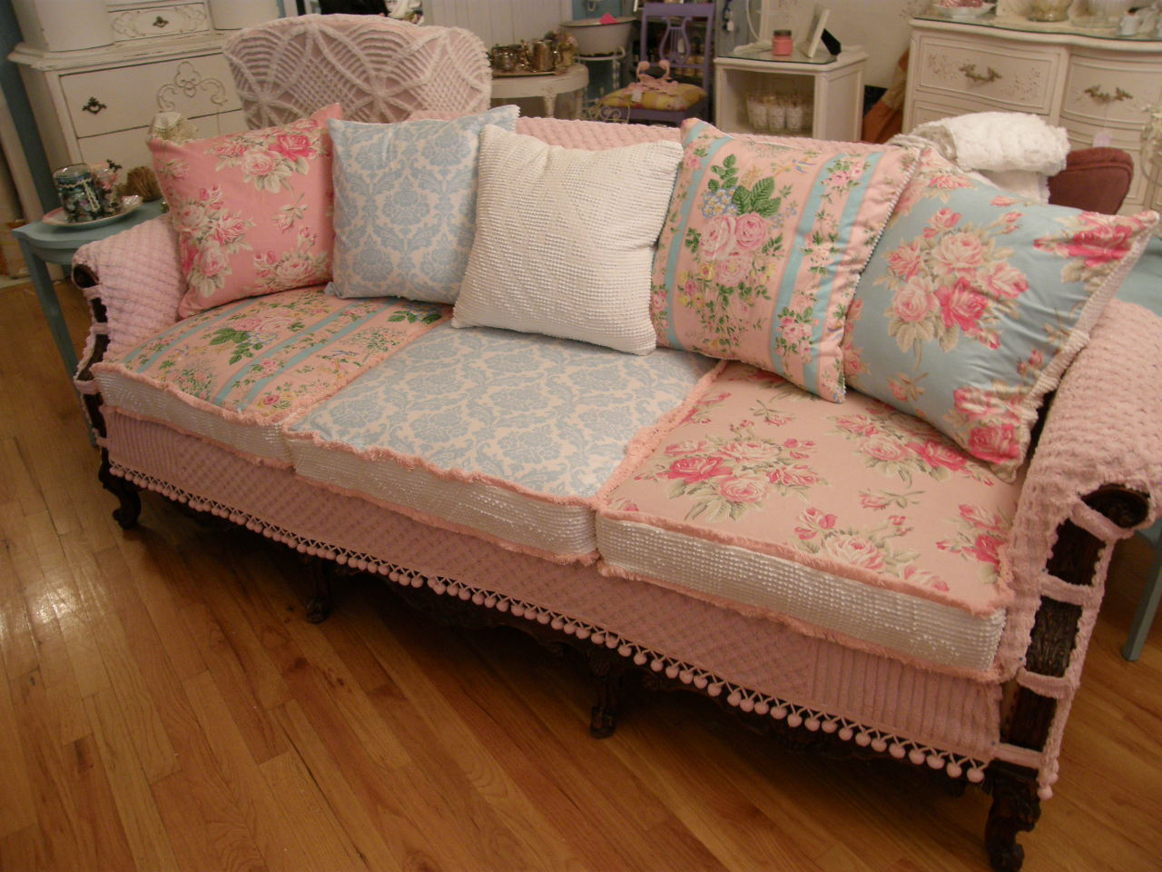 vintage chic furniture schenectady ny my vintage chenille slipcovered pieces. Black Bedroom Furniture Sets. Home Design Ideas