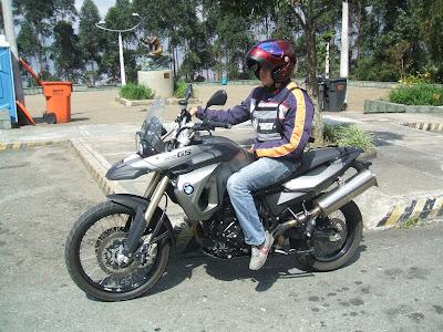 Una moto en la cual da gusto devorar kilómetros y kilómetros 55ec2295d9f
