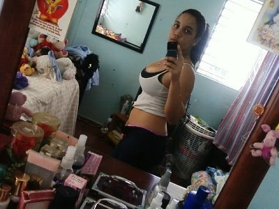 Chica dominicana de badoo masturbandose en webcam