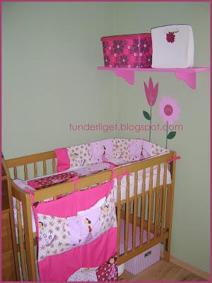 kislányos falmatrica