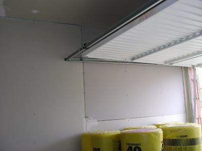 http://2.bp.blogspot.com/_Wmz3hpNmrkY/SME2A9u_tnI/AAAAAAAAAYY/ZkVVavyB7vA/s400/isolation+garage.JPG