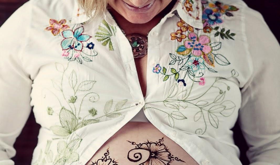 faire un tatouage au henn. Black Bedroom Furniture Sets. Home Design Ideas