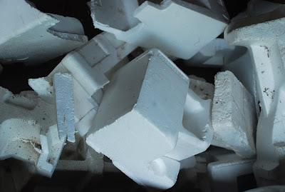 [Image: bahan+kerajinan+tangan+daur+ulang+sampah.jpg]
