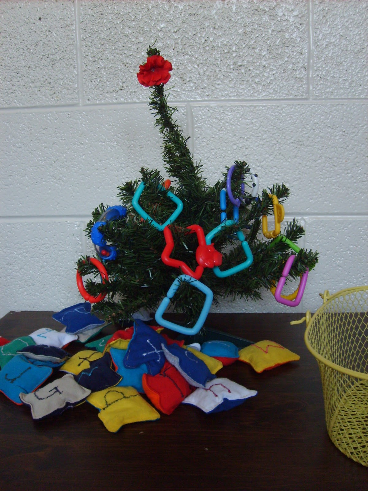 The Red Kitchen Christmas Tree Decorating A Preschool