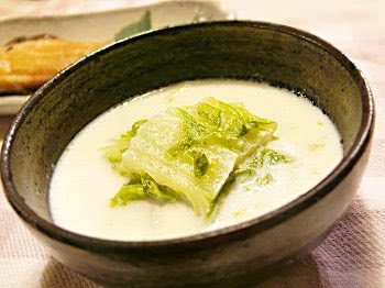 El Cucharón En La Sopa Hakusay Suupu Sopa De Col China