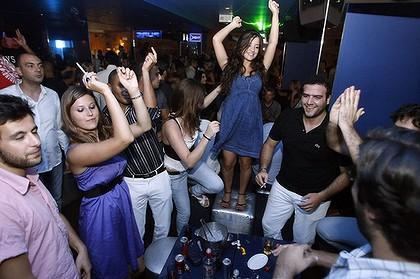 Lebanon Pictures - Lebanon Photos - Lebanon Video ...
