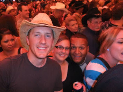 country music concert, las vegas, freemont street, luke bryant