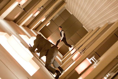 Inception, movie, walk on walls, how to, meaning, symbolize, leonardo