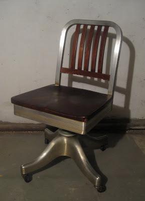 Severely Vintage Rare Shaw Walker Rolling Desk Chair