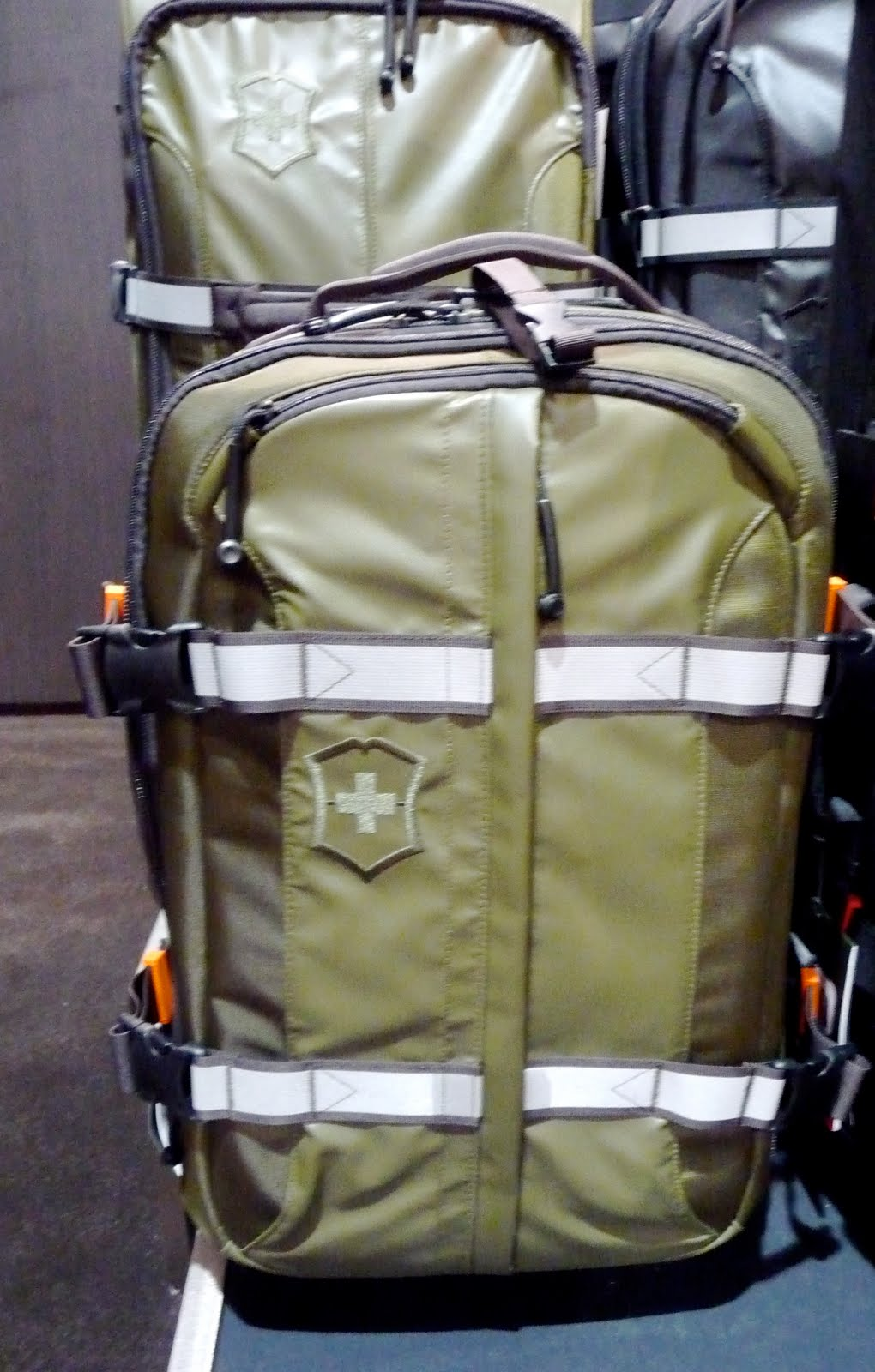 Victorinox Ch 97 Luggage