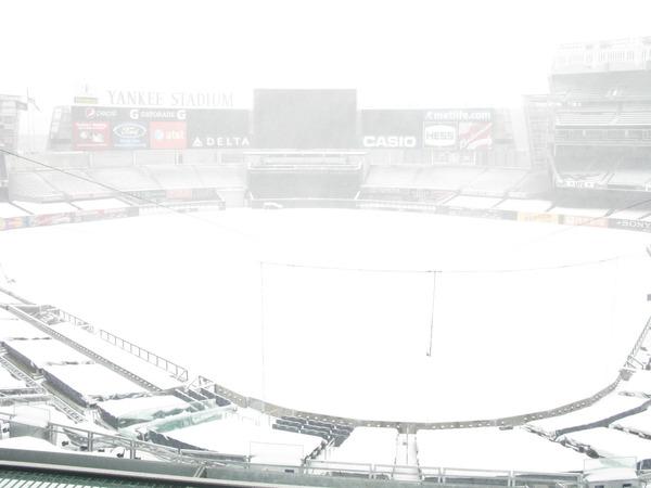 [Snow-stadium1.jpg]