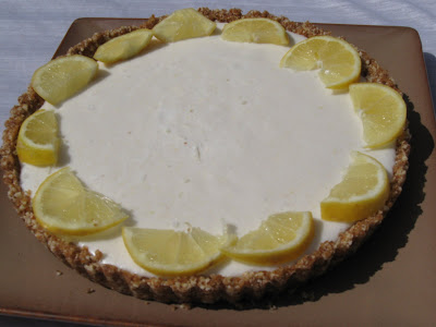 Image source: http://rawfoodpassion.blogspot.ca/2009/04/lemon-tart-for-my-brothers-birthday.html