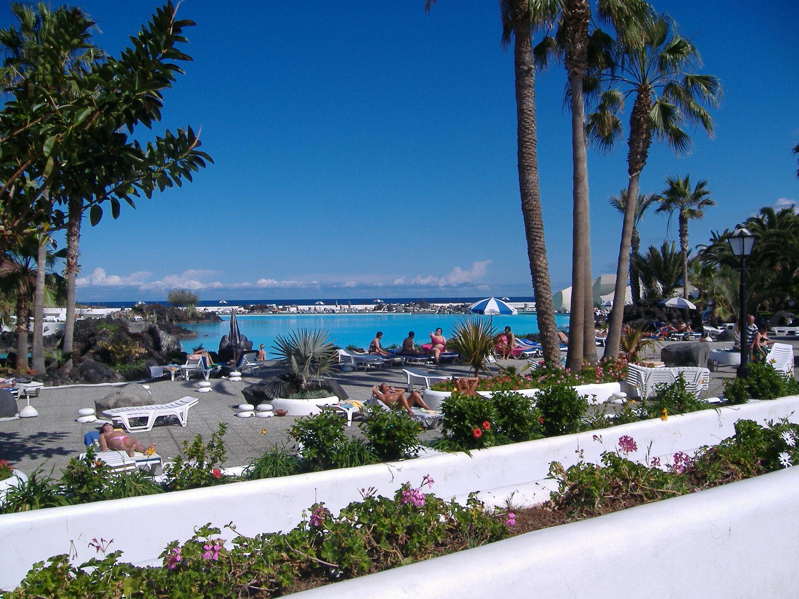 Car Hire Palma Airport >> johnsunseaandskytravel: Playa de las Americas - Tenerife Travel Guide