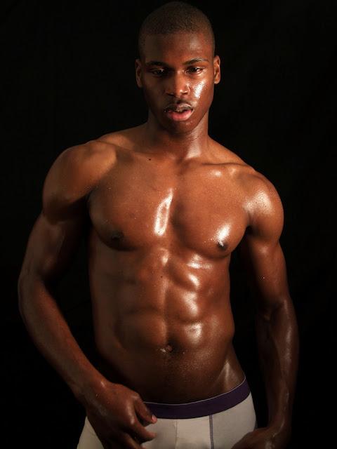 Guys and hot ebony babe | Erotic foto)