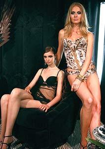 fe21362b7 A grife de moda feminina La Perla apresentou sua coleção primavera 2009  nesta quinta-feira