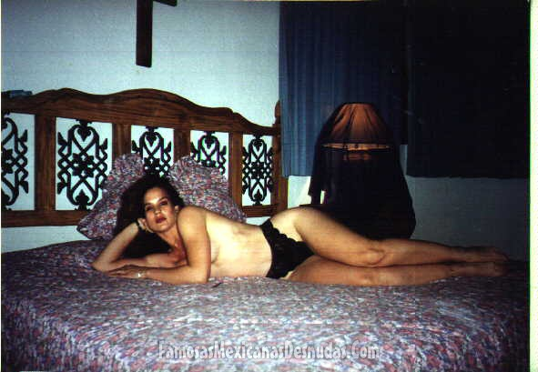 Multiple naked women photos