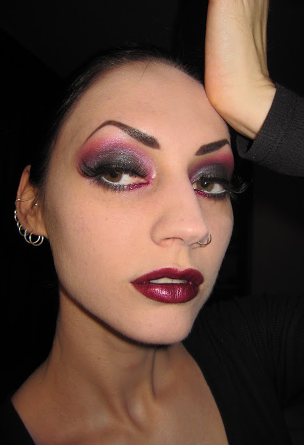 Glitter Is My Crack...: Smokey Ruby Red & Black Makeup
