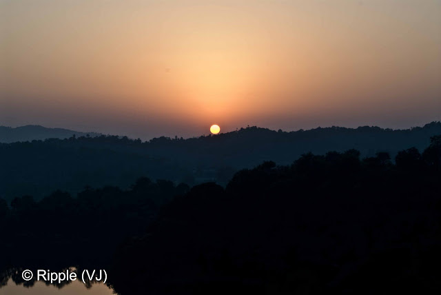 Posted by Ripple (VJ) : Govind Sagar Lake @ Lathiani, UNA, Himachal Pradesh: Sunset view from another hill near Lathiani