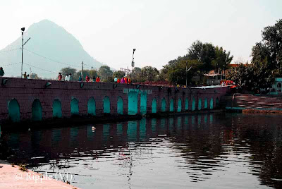 Posted by Ripple(VJ) : Glimpses of Pushkar-Ghats around Puhkar-Lake during Camel Fair-2008 (Pushkar Lake is actually surrounded by different Ghats/Temples... ):: Bridge over Pushkar lake which connects ghats around the lake. People used to take 'Feri' of Pushkar Lake through all the ghats and this bridge...