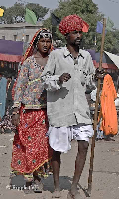 Posted by Ripple (VJ) : Padharo Mhare Desh : Rajasthan, INDIA : A Rajasthani Couple in Traditional Clothes