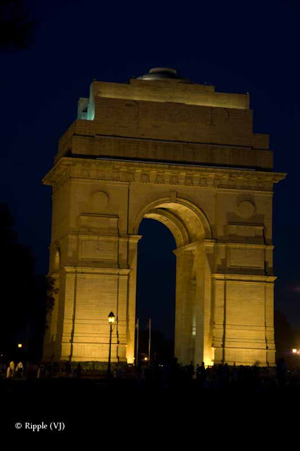 Main places to visit in Delhi (Capital of India) to visit during CommonWealth Games-2010:Posted by Ripple (VJ) on PHOTO JOURNEY @ www.travellingcamera.com : ripple, Vijay Kumar Sharma, ripple4photography, Frozen Moments, photographs, Photography, ripple (VJ), VJ, Ripple (VJ) Photography, Capture Present for Future, Freeze Present for Future, ripple (VJ) Photographs , VJ Photographs, Ripple (VJ) Photography : The 2010 Commonwealth Games are the nineteenth edition of the Commonwealth Games, and the ninth to be held under that name. The Games are scheduled to be held in New Delhi, India between 3 October and 14 October 2010. The games will be the largest multi-sport event conducted to date in New Delhi and India generally, which has previously hosted the Asian Games in 1951 and 1982. The opening ceremony is scheduled to take place at the Jawaharlal Nehru Stadium in New Dehli. It will also be the first time the Commonwealth Games will be held in India and the second time the event has been held in Asia (after 1998).In addition to the Commonwealth Games, the city of Pune, India hosted the 3rd Commonwealth Youth Games between October 12 and 18, 2008. The Youth Games offered nine sports: athletics, badminton, boxing, shooting, swimming, table tennis, tennis, weightlifting and wrestling.:Posted by Ripple (VJ) : A late evening glace at India Gate, Delhi : Standing Tall against the Sky
