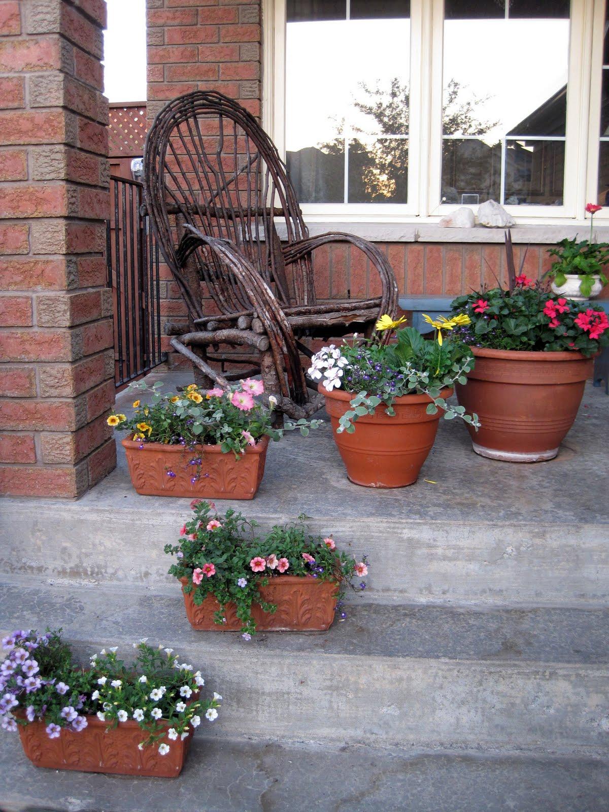 Sense and Simplicity: Front Porch Planters