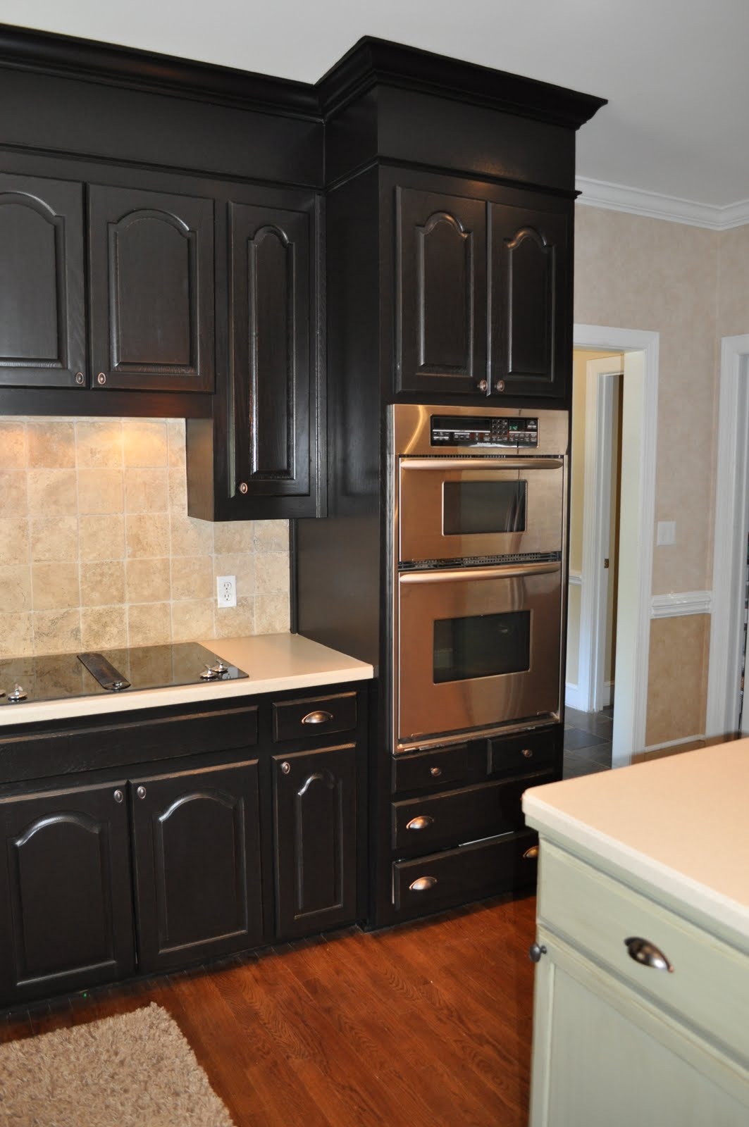 painted kitchen cabinets with black appliances - photo #23