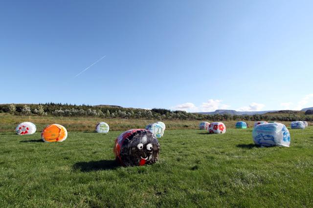 Balle di fieno lungo la penisola di Reykjanes