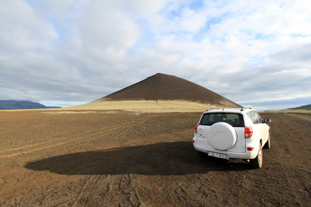 Cono vulcanico lungo la penisola dello Snaefellsnes