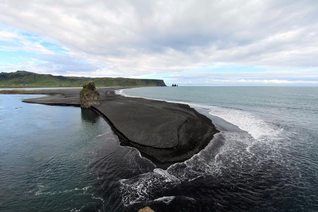 Kap Dyrhòlaey-Vik-Spiaggia nera e faraglioni