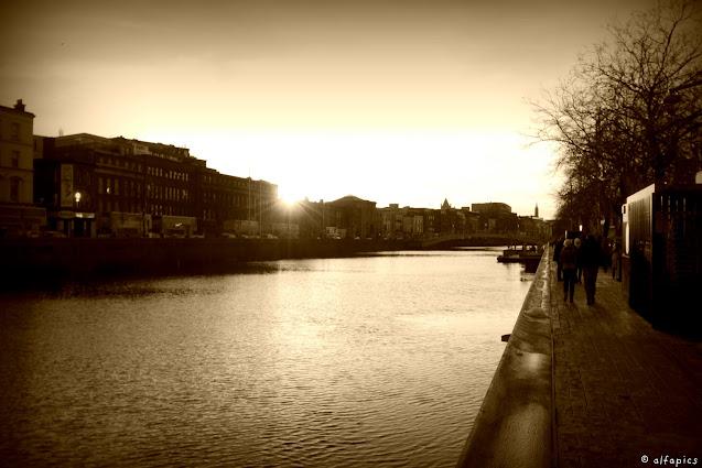 Fiume Liffey-Dublino
