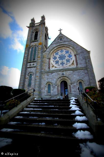 St. Mary's Abbey e cimitero-Howth