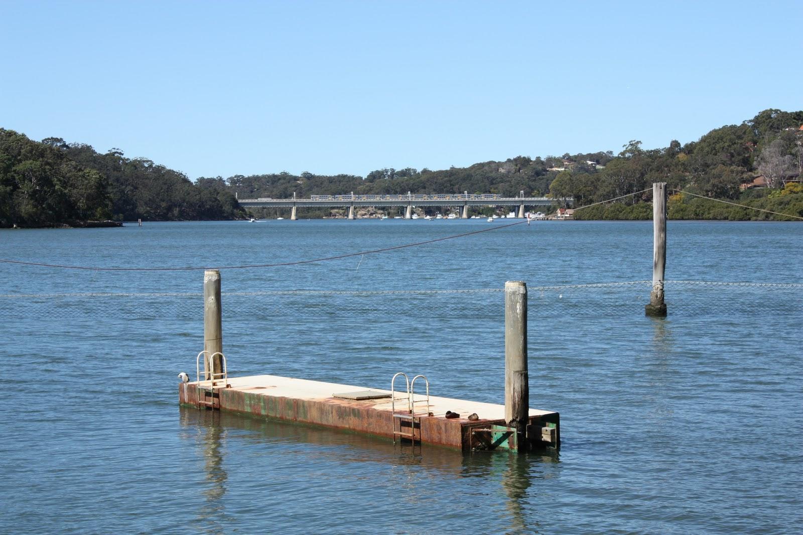 Sydney - City and Suburbs: Oatley, baths