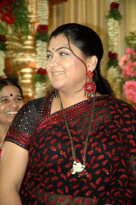 Film Actress Photos Tamil Actress Kushboo Hot Boob Show -2147