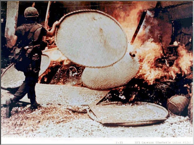 American soldier burn Vietnamese village My Lai
