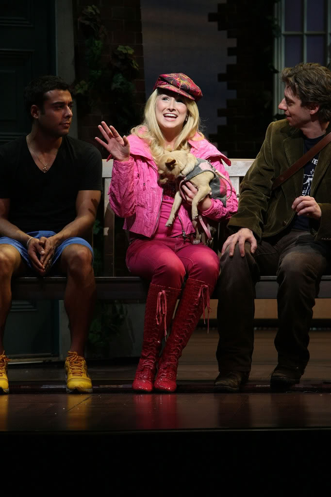 Pink Goes Good With Green Legally Blonde Bruiser