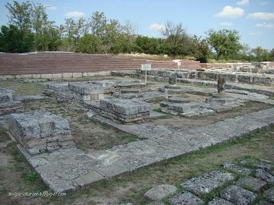 Дворцов параклис (края на 9-10 век)