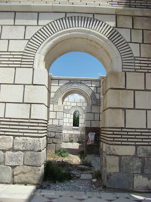 Орнаменти от украсата на Голямата базилика