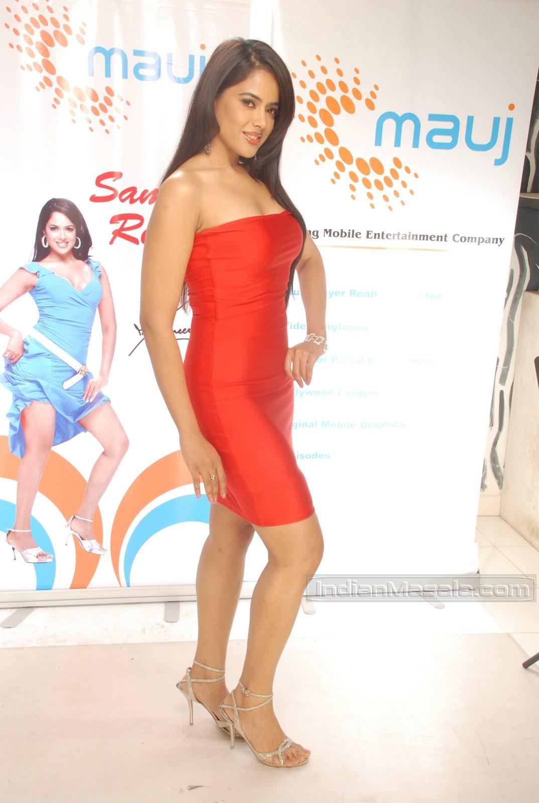 sameera reddy hottest pics