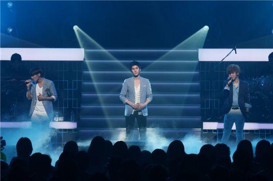 NEWS] Super Junior-K R Y  wraps up Japan concert in success