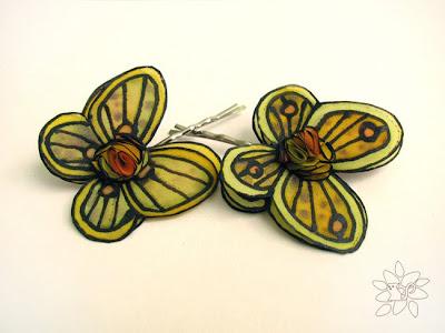 yellow butterfly hair pins from hand painted silk / geltoni tapyto šilko plaukų segtukai drugeliai