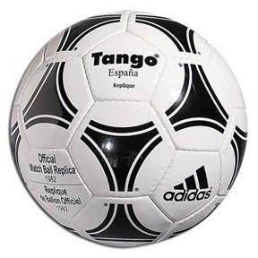 db1898a8fd884 1982 - Espanha Adidas Tango Espanha
