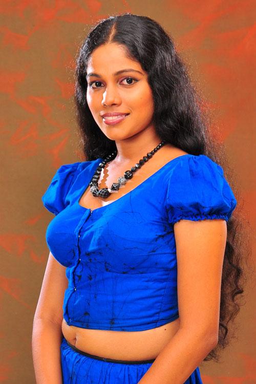 Hot Sri Lankan Girls Photos: Lankan Model