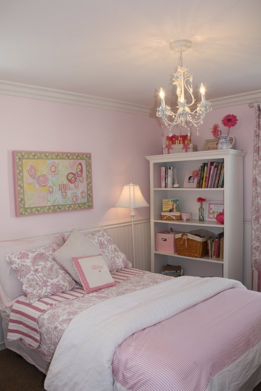 Little girls pink bedroom for 14 year old room ideas