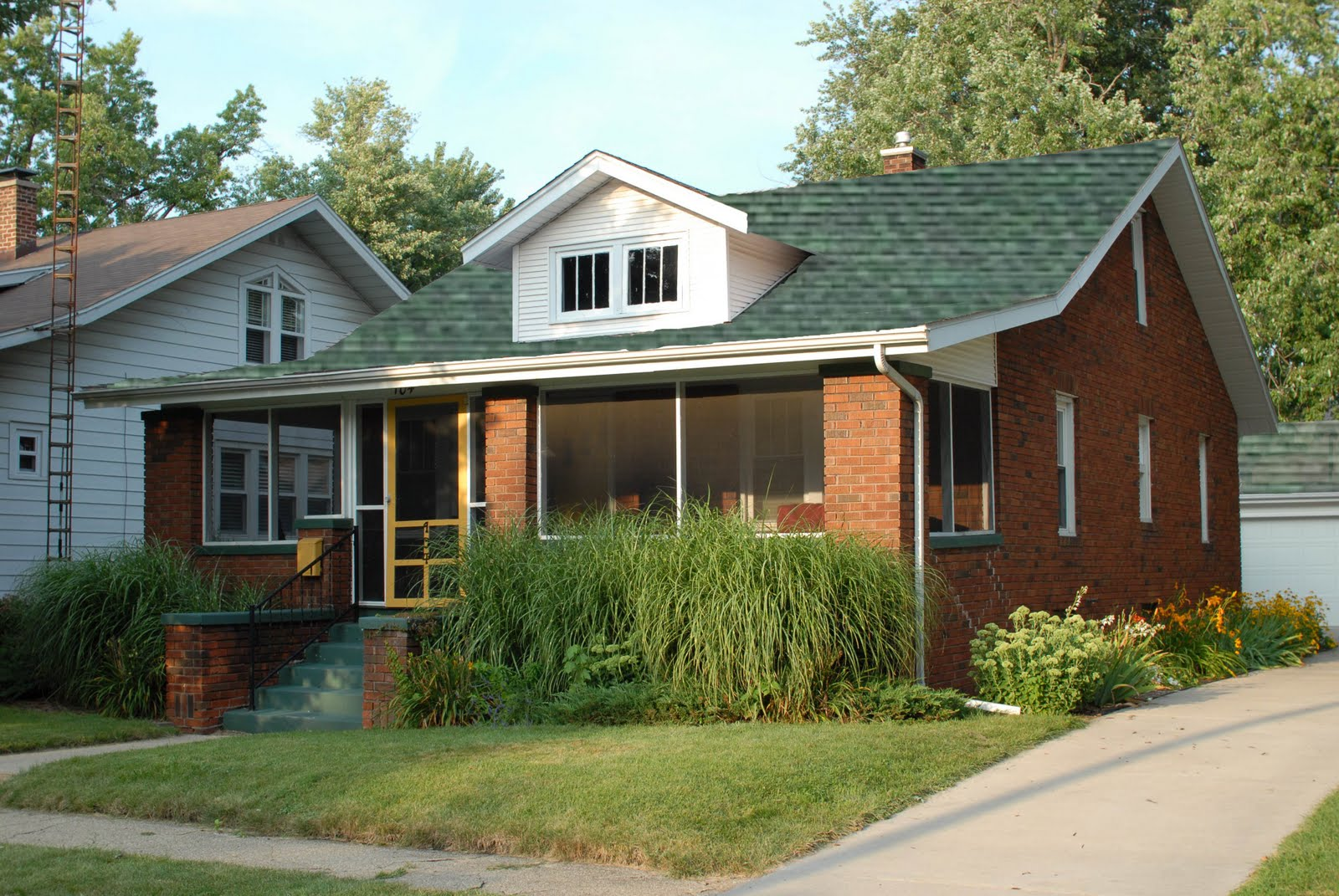 Coreys Notes and Pics Help us Which shingle color looks best – Hunter Green Roof Shingles