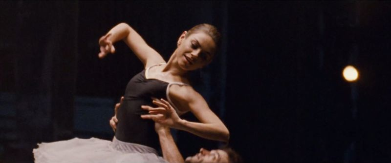 Popcorn and Cigarettes: Mila Kunis in Black Swan